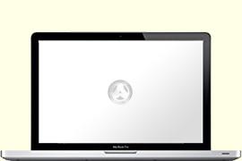 Opengeklapte Macbook Pro met google op het scherm