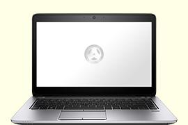 Opengeklapte Macbook Air met google op het scherm